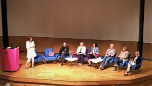 Paneldiskussion vid konferensen om den praktiknära skolforskningens teori och praktik